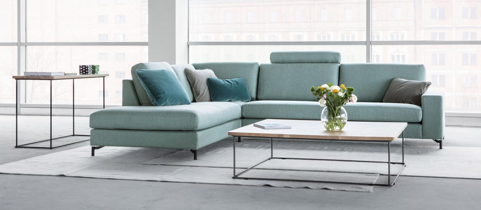 Salon Quattro de SITS canapé, salon d'angle et fauteuil , la modularité  et le design en cuir ou en tissu.
