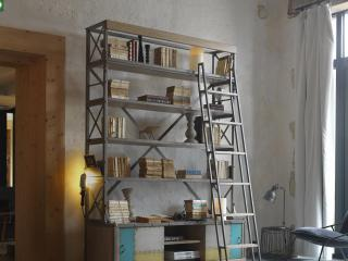 Nos bibliothèques sur mesure style industriel en chêne massif