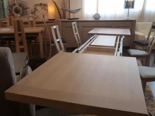 Table Helsinky déployée