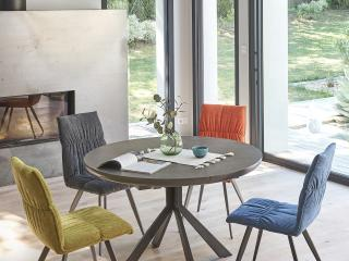 Tables en céramique contemporaine aux pieds métalliques et design