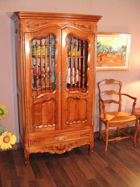meuble de compl ment de style proven al bouches du rh ne 13. Black Bedroom Furniture Sets. Home Design Ideas