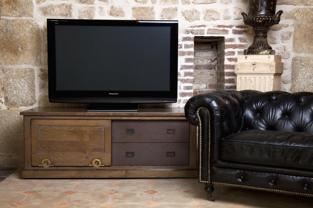 Meubles de salon de style industriel mod le horloger for Modele de meuble pour salon
